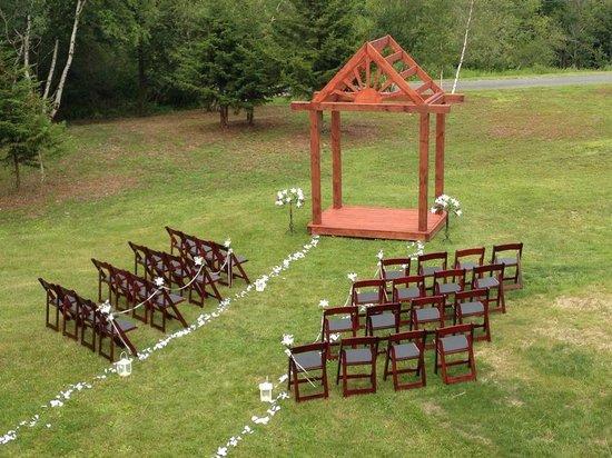 Rose and Goat Retreat: Outdoor Wedding Arbor