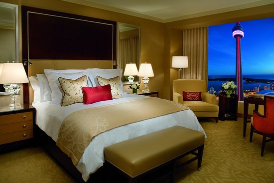 The Ritz-Carlton, Toronto: Deluxe Guest Room
