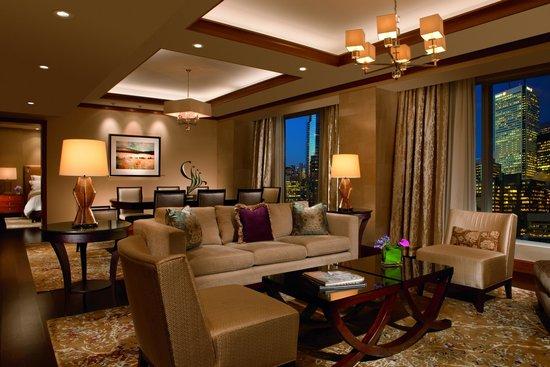The Ritz-Carlton, Toronto: Wellington Suite