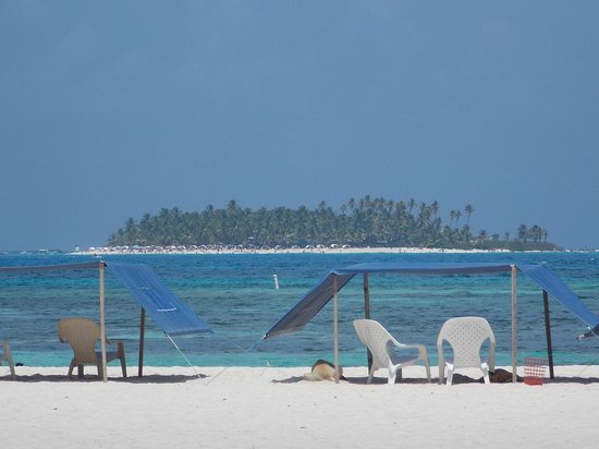 Hotel Verde Mar: Vista de la Playa de Jhony Cay
