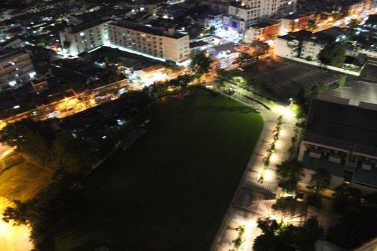 Chatrium Hotel Riverside Bangkok: Outside view