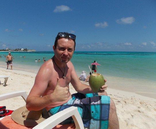 Hotel Verde Mar : En la Playa a metros del Hotel