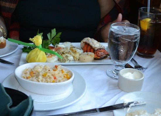 Steinhilber's Thalia Acres Inn: Lobster Combo