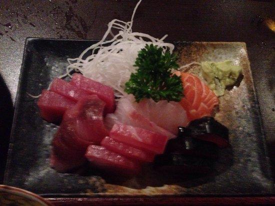 New Koto: Porção de sashimi do TEISHOKU sashimi