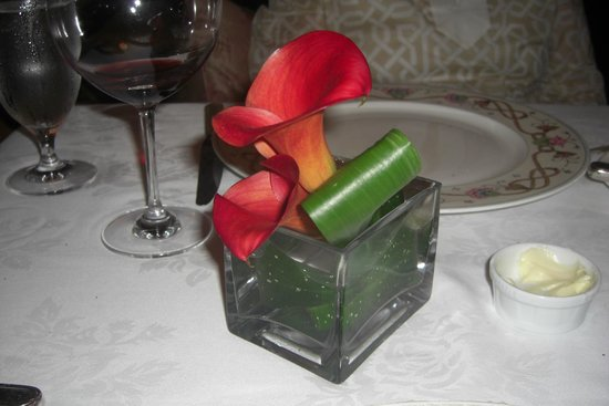 The Inn at Little Washington: Flowers on our table