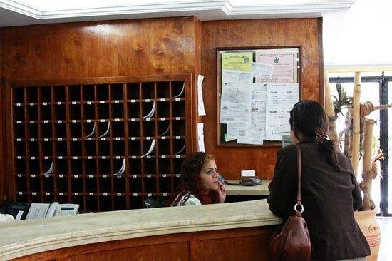 Hotel La Floresta: Recepción / Check-In  (Foto cortesía de Google, pero es copia fiel del hotel)