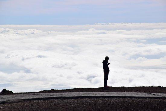 Haleakala Crater: Clouds all around