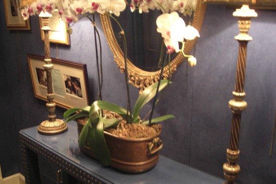 The Inn at Little Washington: Decorations