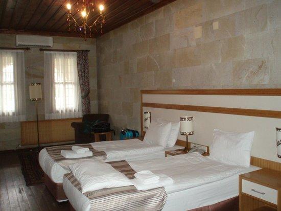 Goreme Kaya Hotel: シャンデリアが素敵