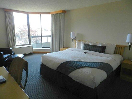 Inn at Laurel Point: Inner Harbour View Room