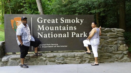 Sugarlands Visitors Center: The Great Smoky Mountains
