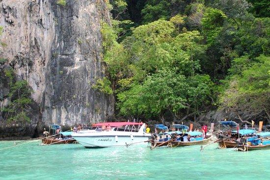 Centara Kata Resort Phuket: excursion