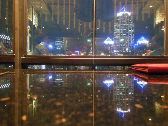 Hotel Muse Bangkok Langsuan - MGallery Collection : View from restaurant at night