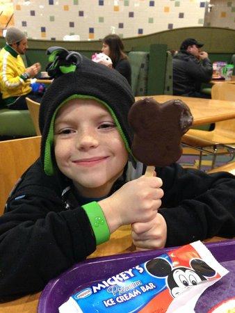 Disney's Pop Century Resort: Love the Mickey Ice Cream Sandwich