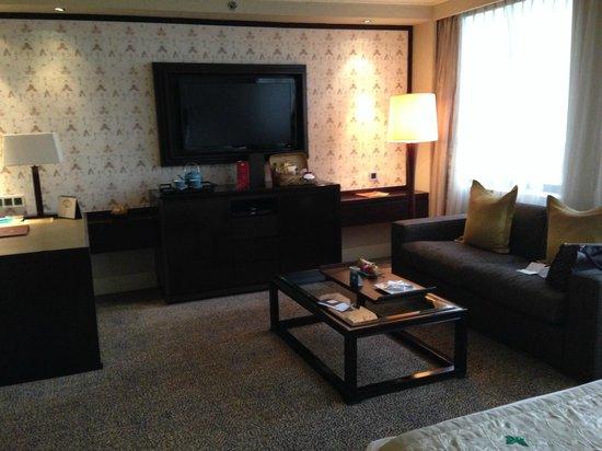 Mandarin Oriental Jakarta: Superior room