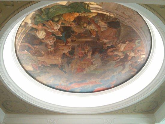 Radisson Royal Hotel Moscow: Lobby Ceiling