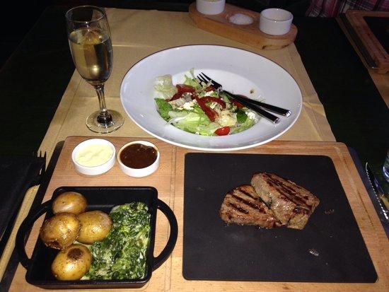 Renaissance Antalya Beach Resort & Spa: Best Steak House Ever!