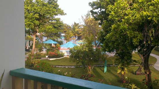 Banyan Bay Suites: view from balcony