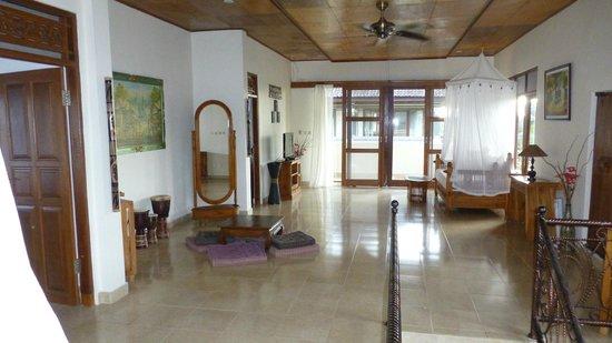Villa Agung Khalia: Le palier de l'étage
