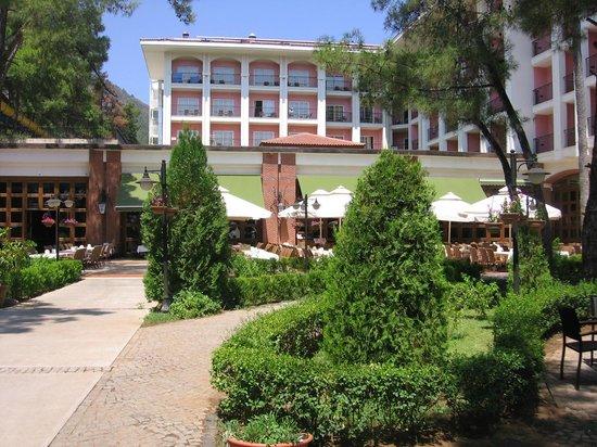 Grand Yazici Club Turban: Вид на ресторан