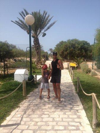 Iberostar Mehari Djerba : Chemin de la plage