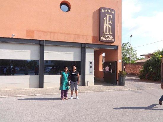 Hotel Filanda: At the Entrance