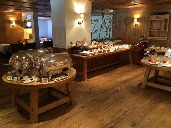 Grand Tirolia: Frühstücksbuffet