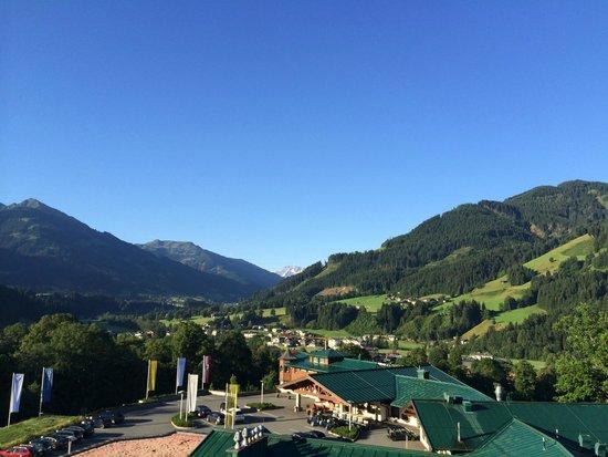 Grand Tirolia: Blick Richtung Großvenediger am Morgen