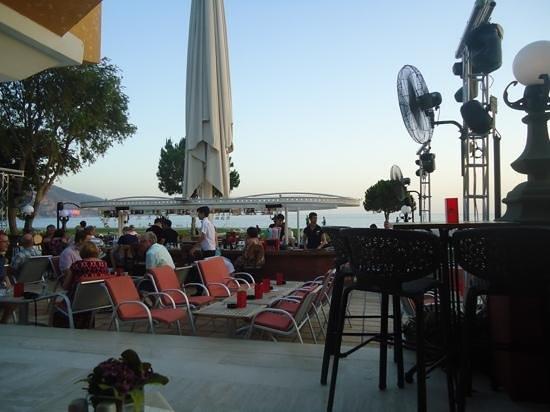 Club Belcekiz Beach Hotel: Plaza bar