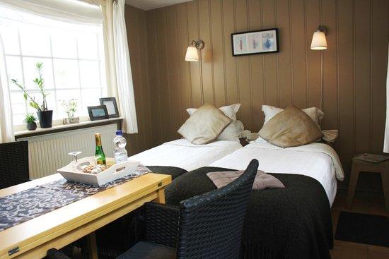 Bed & Breakfast Noordzee: zit/slaapkamer