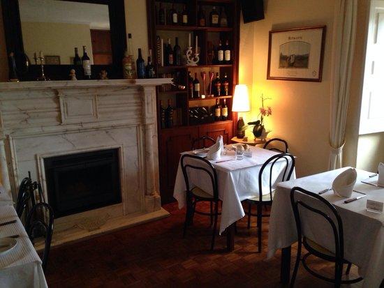 Pizza Italia : A sala da Biblioteca da Pizza Itália /Caffe Itália em Cascais