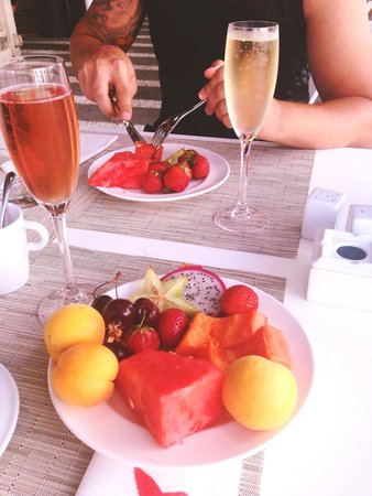 Ushuaia Ibiza Beach Hotel : Morning )) our breakfast