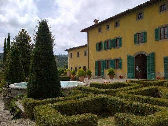 Hotel Villa La Palagina: Room 22 is on this side of La Palagina