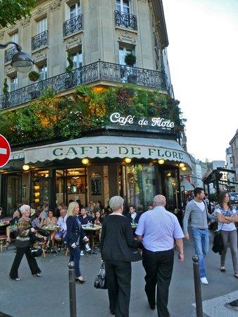 Café de Flore : lovely old cafe