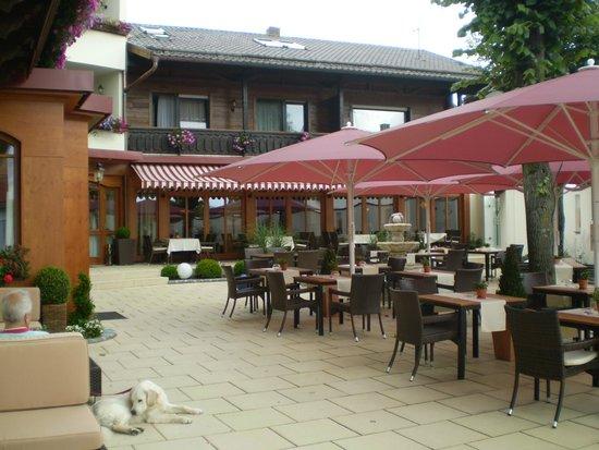 Landromantik Wellnesshotel Oswald: Terrasse