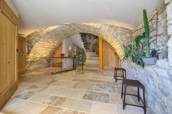 Hall d\'entrée de la Chambre d\'hotes La Maison du Passage - Bild von ...