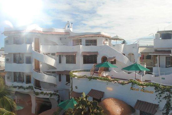 Hotel Mainao : Vue de l'hôtel depuis la ruelle qui y donne accès