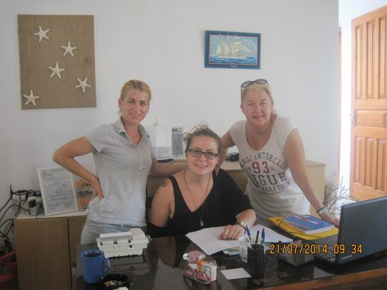 Roussos Beach Hotel : The wonderful staff