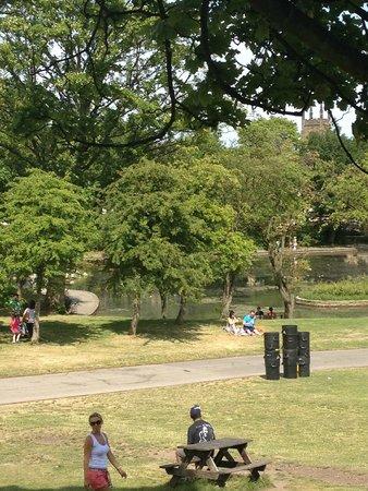 Roundhay Park: Lake