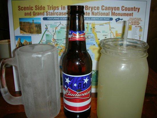 Bryce Canyon Pines: Un verre glacé pour la bière et les soft drink dans un bocal