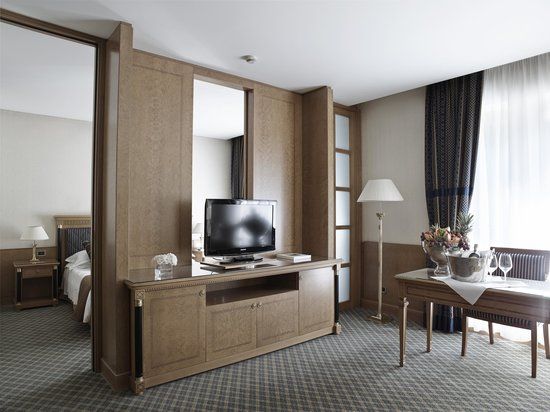 Grand Hotel de la Ville: SUITE KING