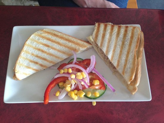 Fabs Bar and Bisto: Cheese and tuna toasty