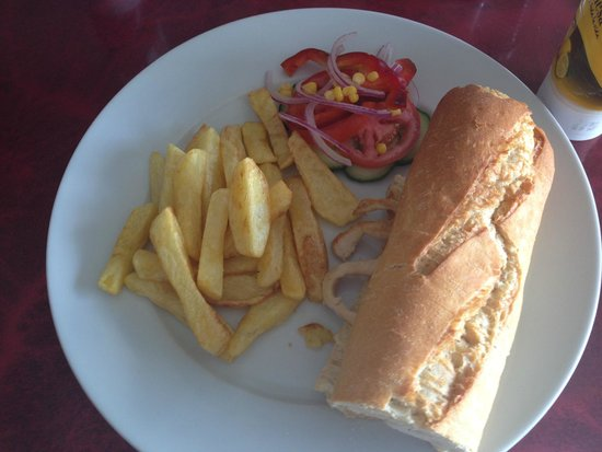 Fabs Bar and Bisto: Chicken baguette