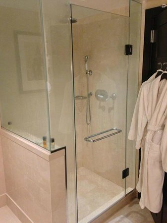 InterContinental Boston : Suite - bathroom
