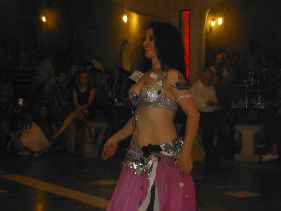 Yasar Baba Resturaunt & Turkish Nights: Belly dancer