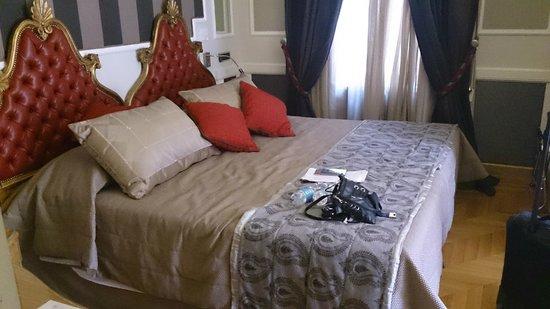 The Britannia Hotel: The bed