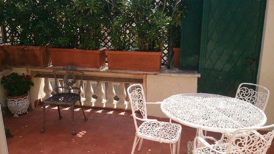 The Britannia Hotel: Terrace