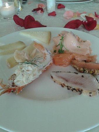 Grand Hotel Gallia: морепродукты и сыры