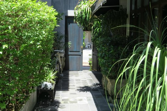 The Scent Hotel : Entrance