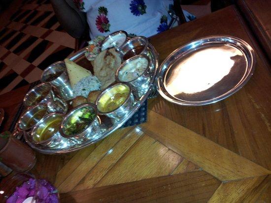 Le Meridien Jaipur: Thali @ Surva Villas